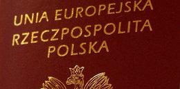 Rosjanie niszczą Polakom paszporty