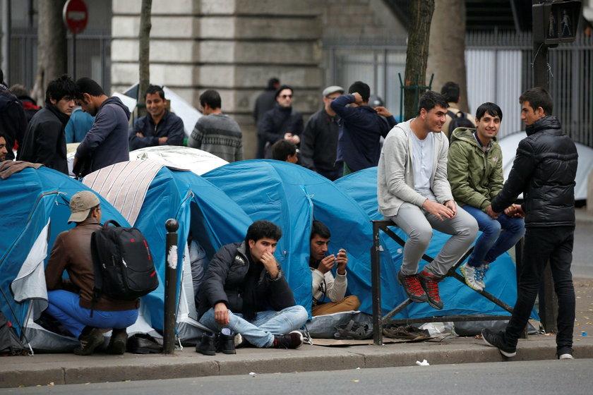 """Likwidacja """"dżungli"""" w Calais przyniosła nieoczekiwany skutek"""