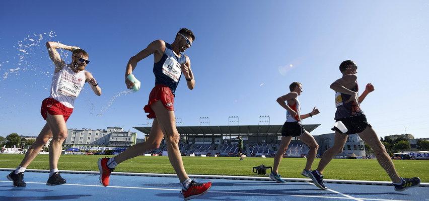 Tego nikt się nie spodziewał! Polak mistrzem olimpijskim w chodzie na 50 km!