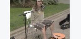 Gitarzysta bez rąk zachwyca. Wzruszające nagranie