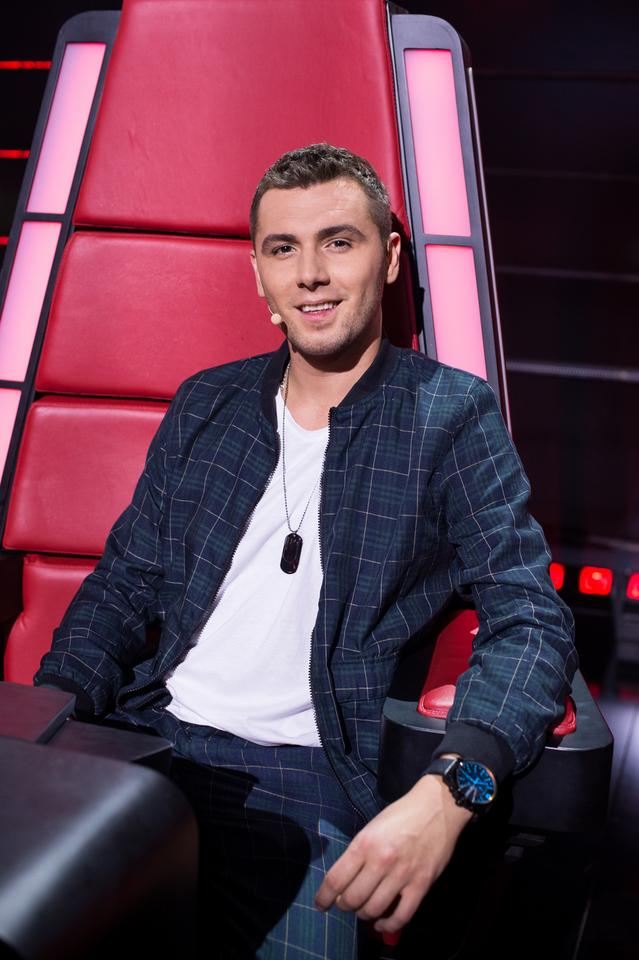 "Kamil Bednarek na planie programu ""The Voice of Poland 10"""