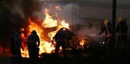 Dramatyczne sceny podczas GP Bahrajnu. Bolid stanął w płomieniach. WIDEO