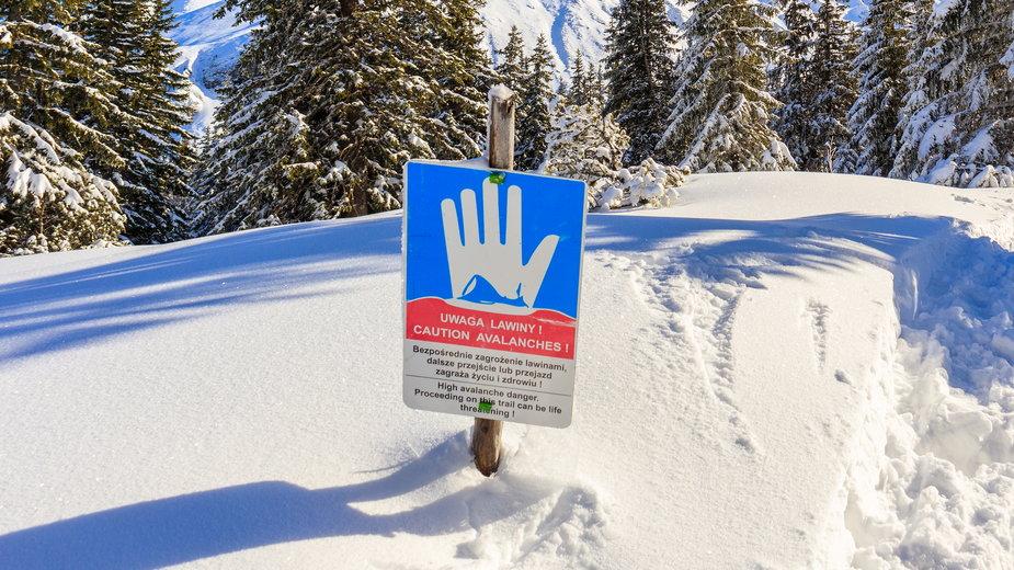 Ostrzeżenie przed lawinami w Tatrach (zdjęcie ilustracyjne)