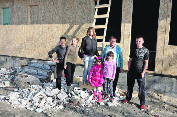 Nova kuća porodice Perić je već pod krovom