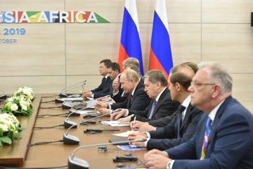 President Cyril Ramaphosa meeting with President of the Russian Federation Vladimir Putin (Twitter/PresidencyZA)
