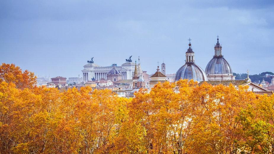Jesienny widok na Rzym z Zamku św. Anioła