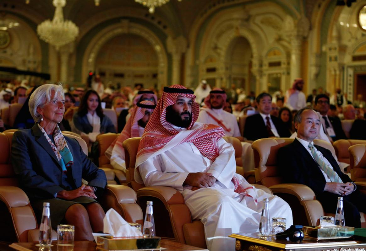 Saudi Crown Prince Mohammed bin Salman, Masayoshi Son, SoftBank Group Corp. Chairman and CEO, and Christine Lagarde, International Monetary Fund (IMF) Managing Director, attend the Future Investment Initiative conference in Riyadh, Saudi Arabia October 24, 2017.