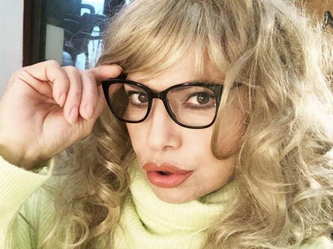 Naša glumica ZAPREPASTILA LJUDE NA INSTAGRAMU: Ljudi kažu da je NIKAD NE BI PREPOZNALI sa novom bojom kose, ali ipak su USTA U CENTRU PAŽNJE