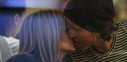 Rozenek i Majdan całują się z języczkiem!