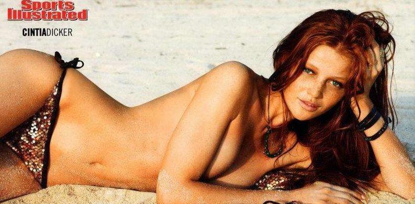 Seksowne modelki z kalendarza na 2012 rok
