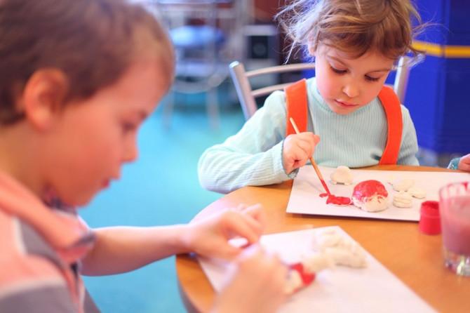 Razvoj inteligencije kod dece - igračke za decu, igre i knjige
