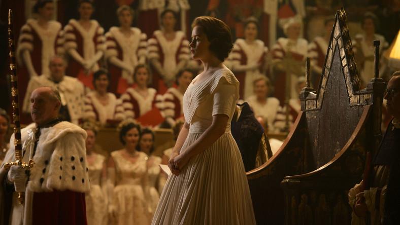 """Młoda Elżbieta II w serialu """"The Crown"""" (Fot. Netflix)"""
