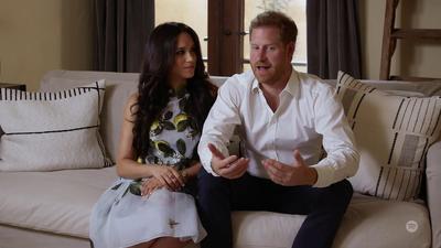 Książę Harry został ojcem. Jednocześnie jego relacje z rodziną królewską są coraz gorsze