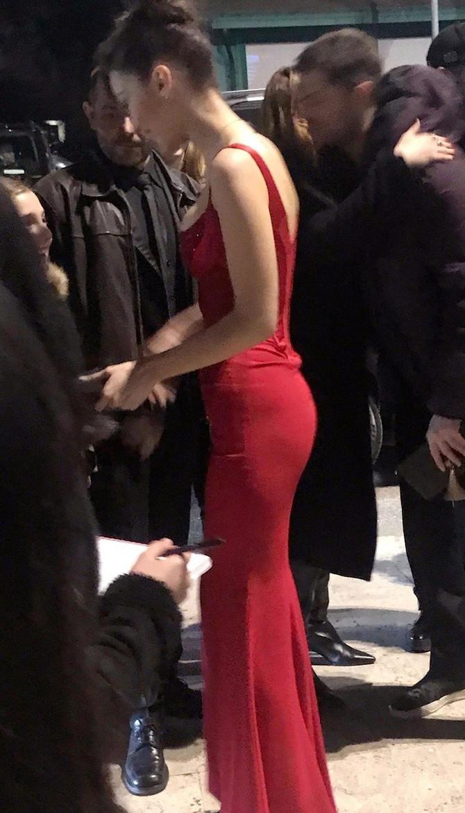 Bela Hadid oduševila je okupljene u Rimu