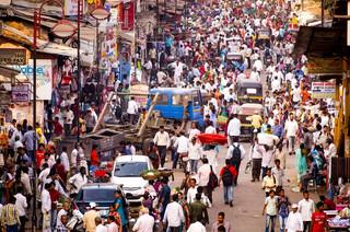 Indie rozpoczęły szczepionkowy wyścig z koronawirusem