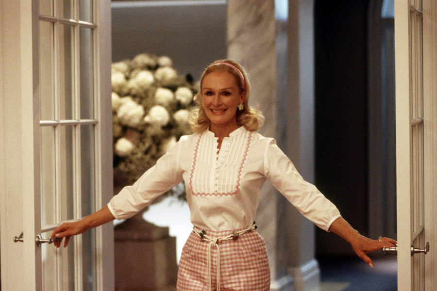 "Glenn Close jako Claire Wellington w filmie ""Żony ze Stepford"" (2004)"