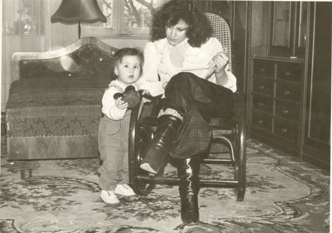 Snežana sa ćerkom pre nekoliko decenija