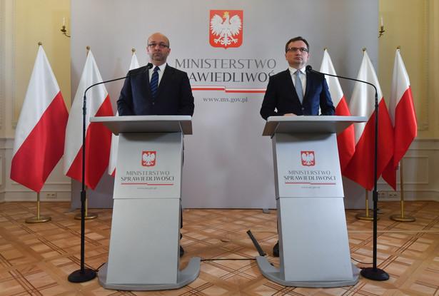 """Pytany o możliwy termin skierowania projektu do Sejmu, Ziobro stwierdził, że byłby za tym, """"aby to były bardziej trzy miesiące, niż pół roku"""""""