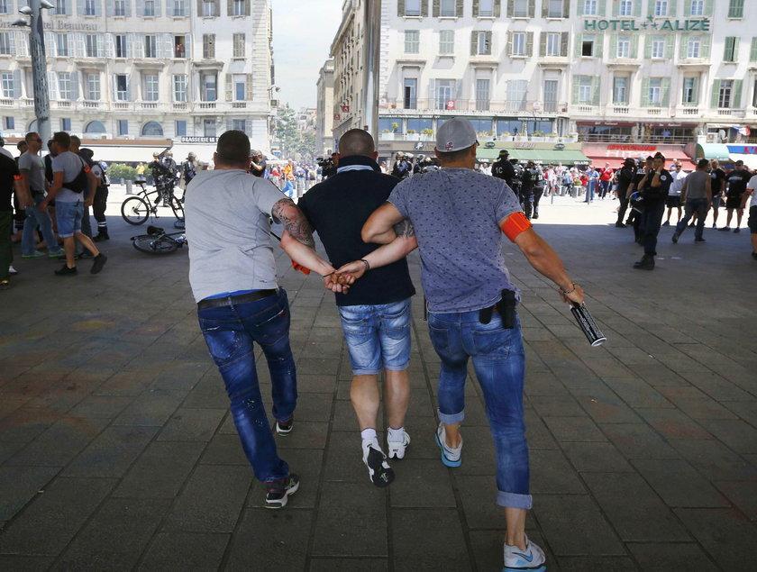 Euro 2016 - zamieszki w Marsylii przez meczem Polska - Ukraina