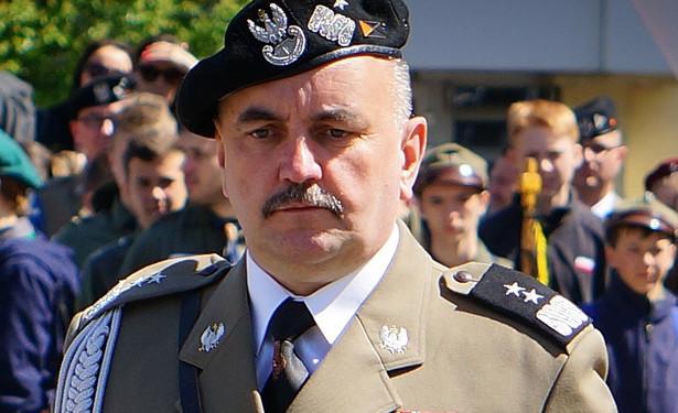 gen. Jarosław Mika