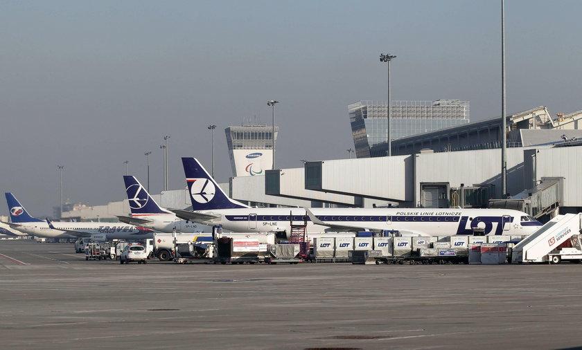 LOT odwołuje loty z powodu koronawirusa. Zawieszone są rejsy do Seulu i Pekinu