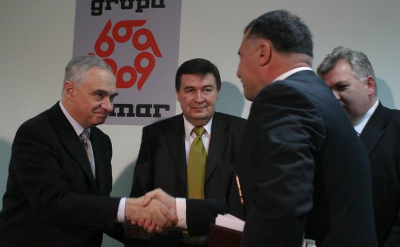 15 grudnia 2004 roku. Podpisanie umowy między Bumarem a rządem irackim. Na zdjęciu Janusz Zemke i Ziad Cattan