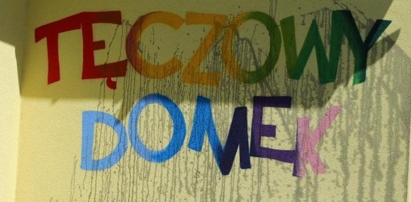 Atak na Tęczowy Domek w gminie anty-LGBT. Zabezpieczono monitoring, zebrano ślady, ale...