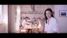 Utwór z reklamy mieszkań przebojem w internecie