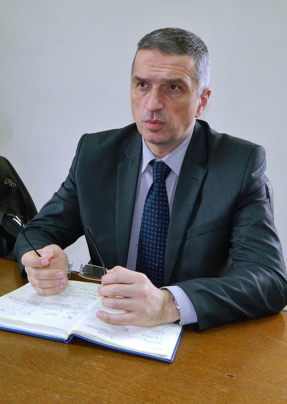 Prpf. dr Predrag Sazdanović