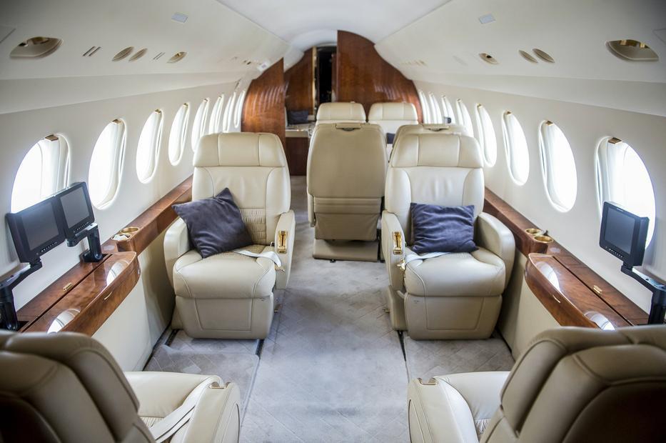 A kisebbik honvédségi repülő valódi luxust nyújt az utasainak/ Fotó: MTI-UJVÁRI SÁNDOR