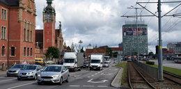 Piesi się cieszą, kierowcy martwią! Nowe przejścia i buspasy w Gdańsku