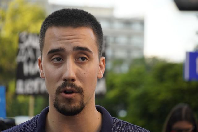 Investiranje u znanje i obrazovanje nije pomoć: Nikola Arsić, student Pravnog fakulteta