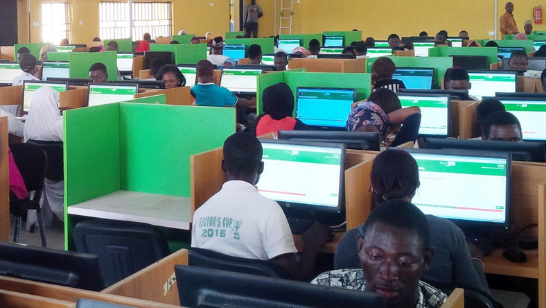 JAMB Candidiates in a CBT Centre during registration. (Punch)