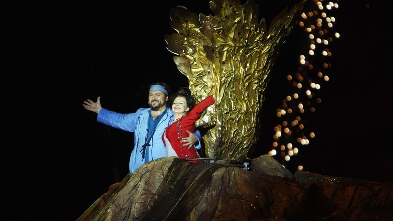 """""""Turandot"""" Giacomo Pucciniego w rezyserii Michala Znanieckiego wystawione na stadionie olimpijskim we Wroclawiu"""