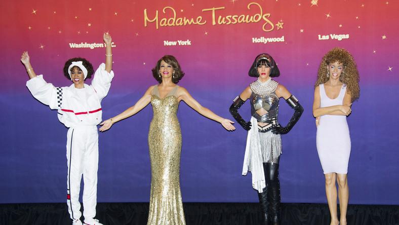Słynne Muzeum Figur Woskowych Madame Madame Tussauds w Nowym Jorku uczciło pamięć Whitney Houston, przygotowując jej podobizny z najważniejszych momentów kariery gwiazdy