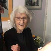 """POSLEDNJA ŽELJA: UHAPSITE ME! Bila je uzorna ceo život, a onda u 93. godini poželela da ode """"s druge strane zakona"""""""