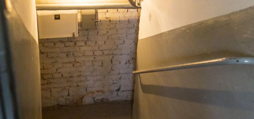 Zwłoki noworodka w walizce ukrytej w piwnicy. Znalazł je, gdy sprzątał po lokatorach