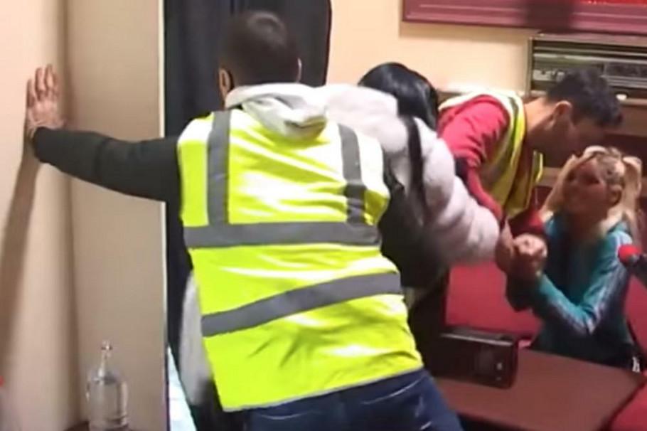 Tuča tokom emisije