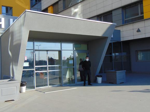 Zgrada novog Kliničkog centra u Nišu