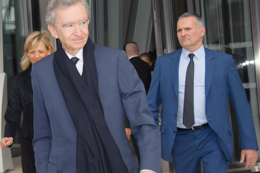 BERNARD ARNAULT - ARRIVALS OF PEOPLE IN LOUIS VUITTON FASHION SHOW