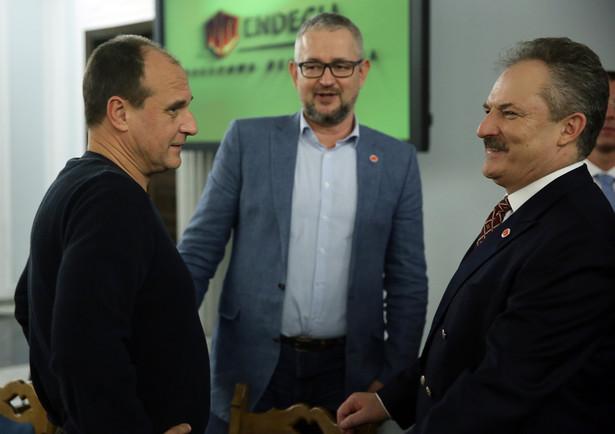Paweł Kukiz, Marek Jakubiak i Rafał Ziemkiewicz podczas I Kongresu Stowarzyszenia Endecja w Sejmie.