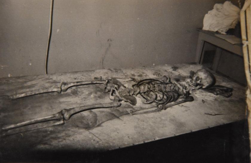 Szczątki jednej z ofiar