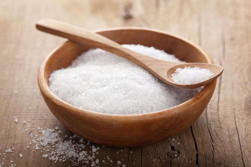 Schłodzenie napoju solą kuchenną. Jak szybko schłodzić napój?