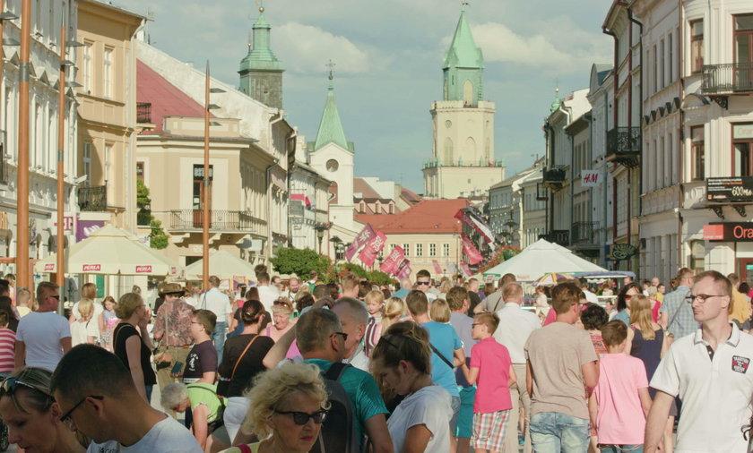Tłum w Lublinie