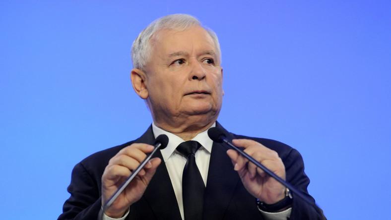 Kaczyński o szczycie w Brukseli: Polska poniosła całkowitą klęskę
