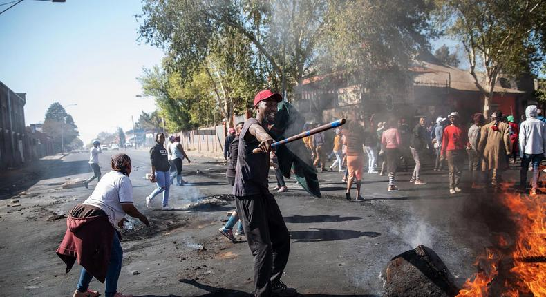 Gov't gives Kenyans in South Africa next directive after Xenophobic attacks