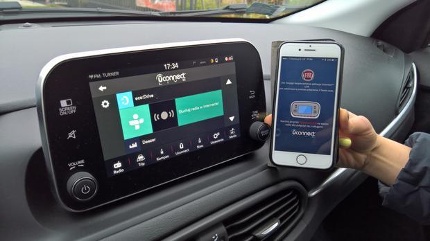 Fiat Uconnect Nav. Bez aplikacji ani rusz