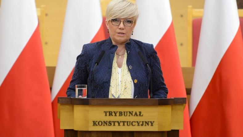 Odmieniony look pani prezes zaprezentowała wczoraj, na Zgromadzeniu Ogólnym Sędziów TK...
