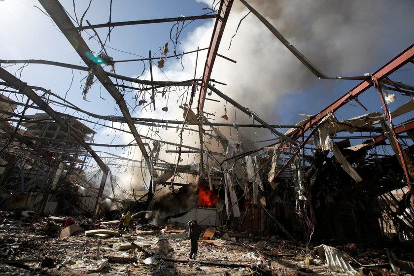 Budynek został zbombardowany