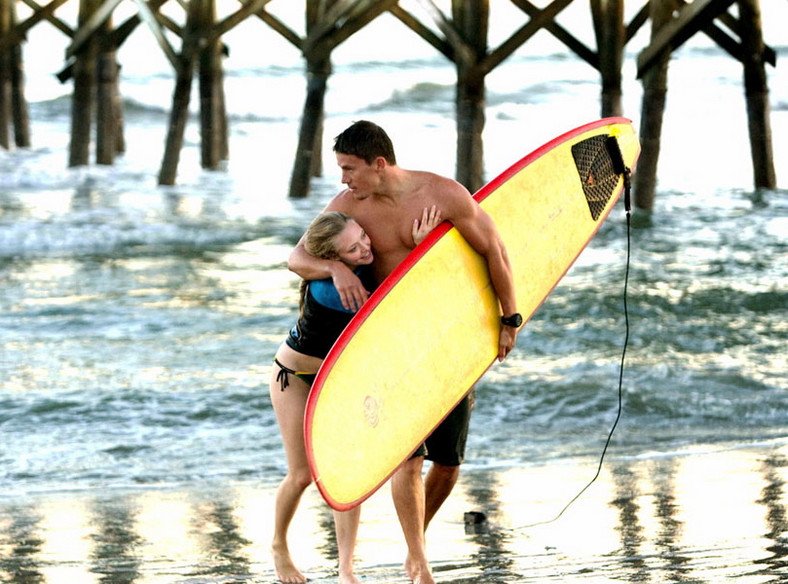 "Channing Tatum i Amanda Seyfried w filmie ""Wciąż ją kocham"" (oryg. ""Dear John"")"